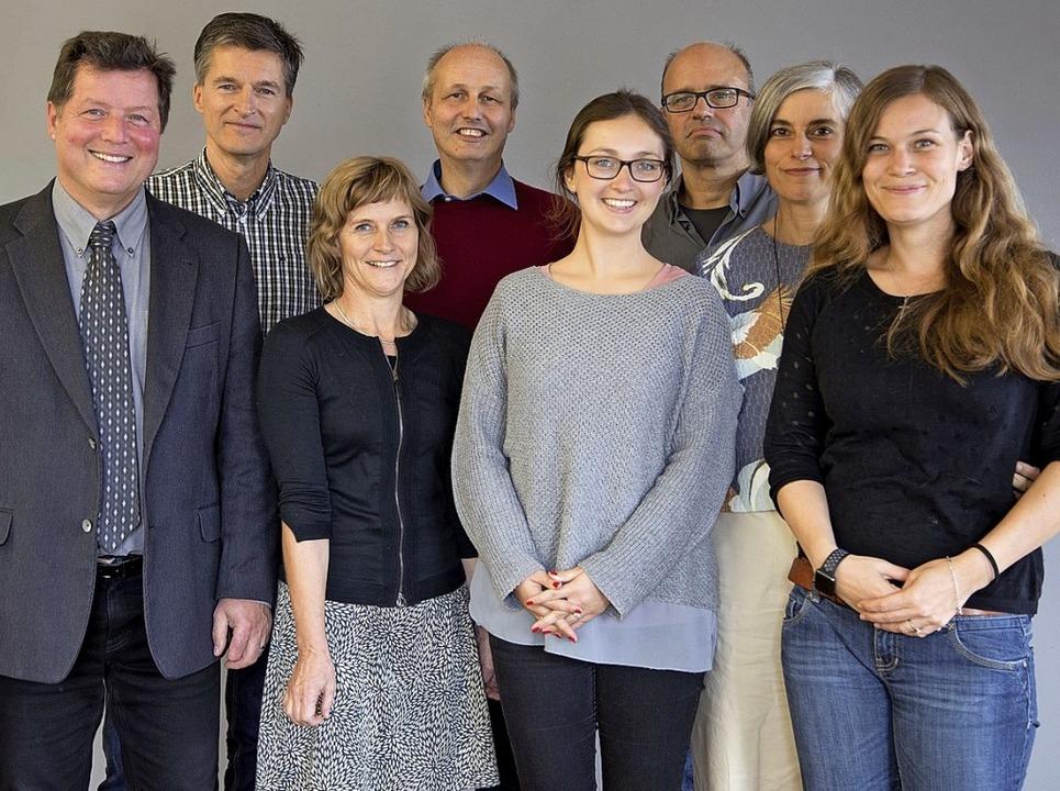 Das Team der ersten Stunde: 2017 hat d... Mitte) den Klimafit-Kurs entwickelt.   | Foto:  VHS
