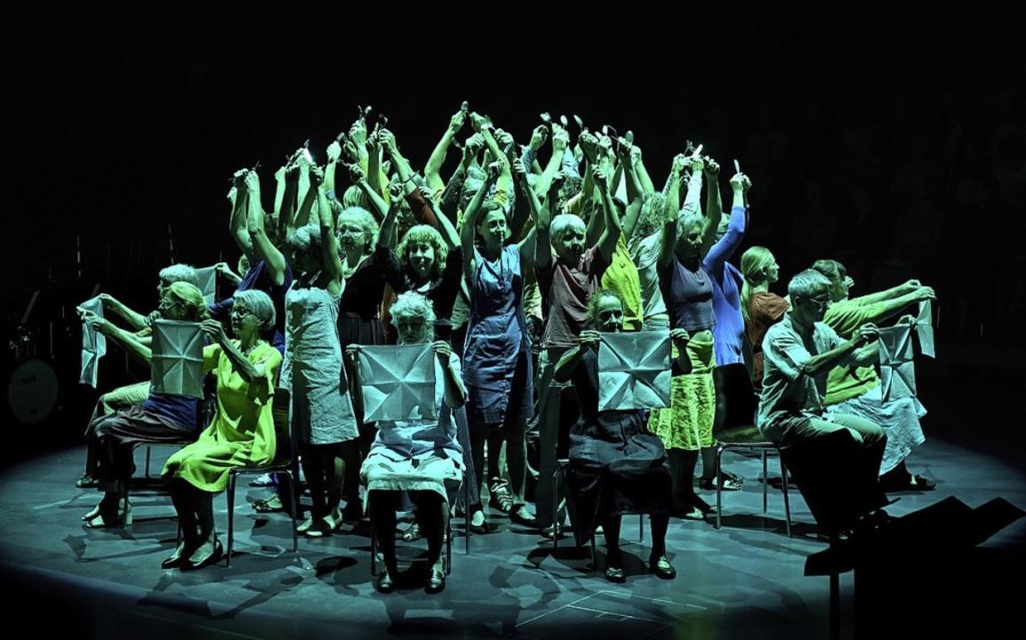 Der Chor Contrapunkt  bei der Aufführung in Luzern.   | Foto:  Peter Fischli