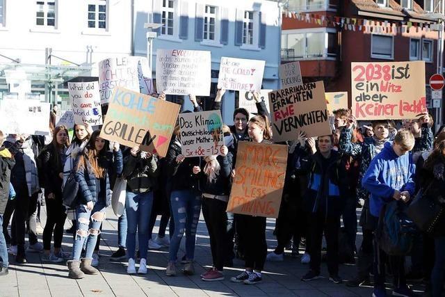 Schüler gehen für Klimaschutz auf die Straße – und erhalten Rückendeckung vom OB