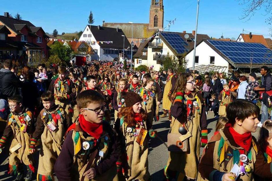 Impressionen vom großen Jubiläumsumzug der Kindringer Ruäbsäck (Foto: Aribert Rüssel)