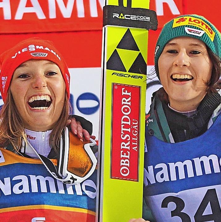 Bereit für die WM: Ramona Straub vom S...rdnach  (rechts) und Katharina Althaus  | Foto: afp