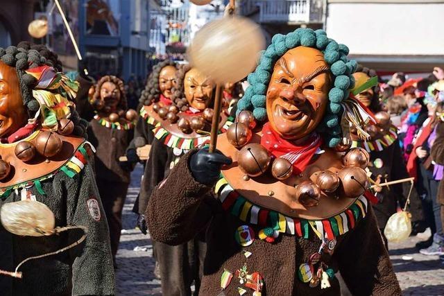 Zehntausende feiern auf zwei Narrentreffen in Südbaden