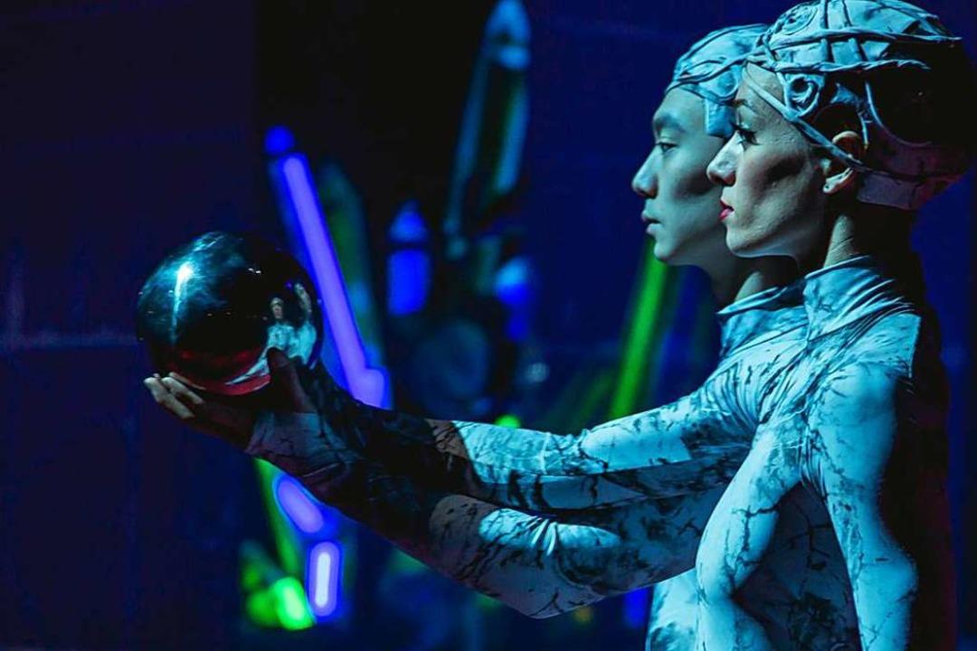 Faszinierende Show auf Eis  | Foto: Julia Klaus