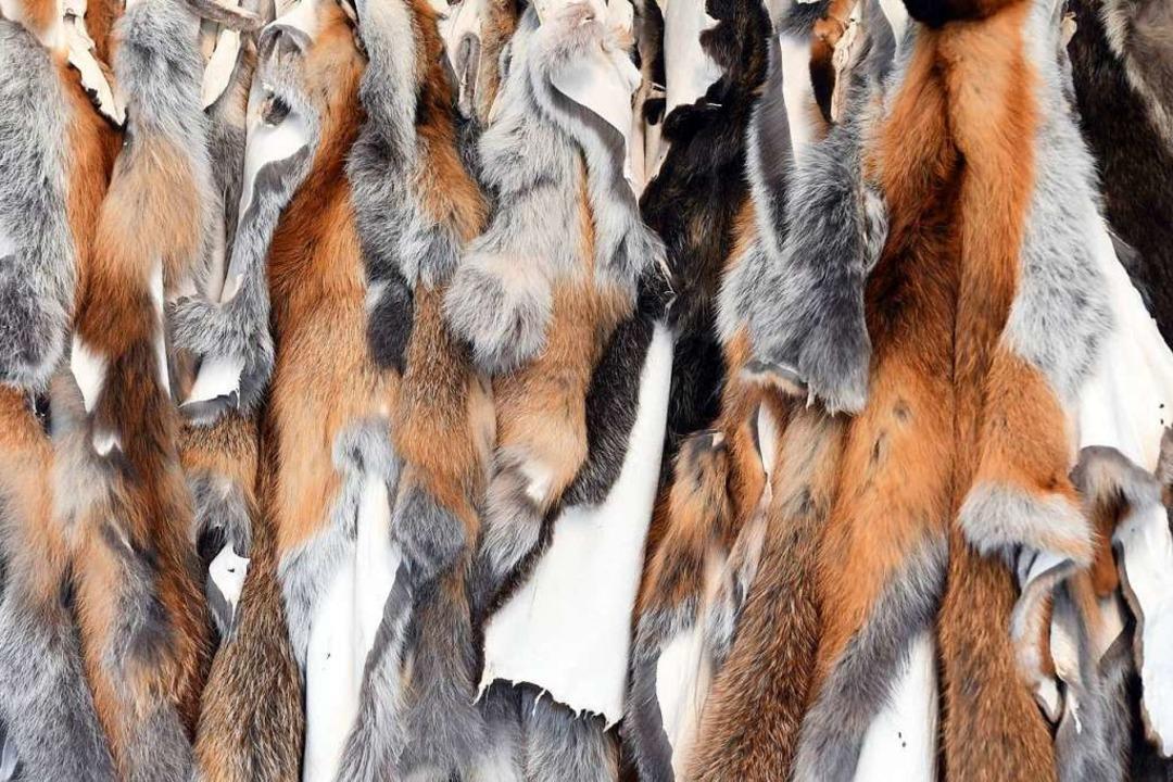 Verbraucher kaufen gerne Felle, die aus der Jagd stammen.  | Foto: dpa