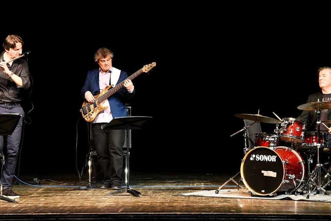 Axel Kühn, Decebal Badila und Guido Jö... mit einem facettenreichen Jazzkonzert  | Foto: Markus Zimmermann