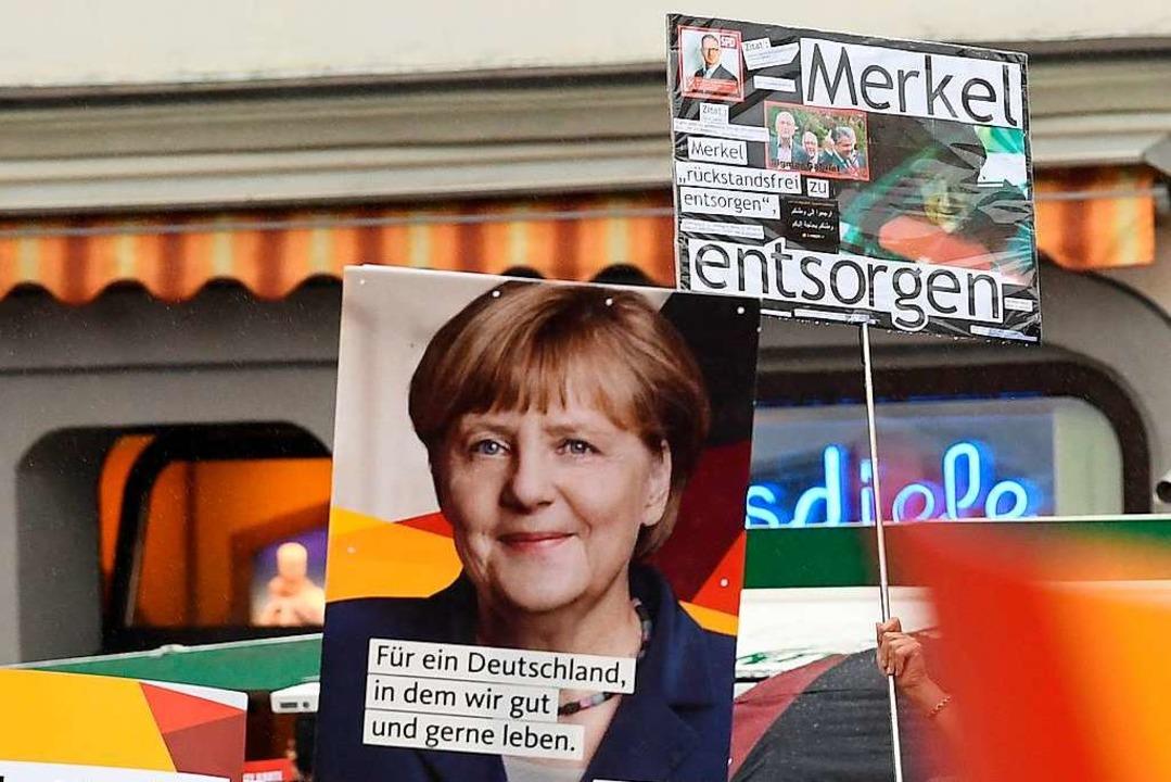 Vor allem in Sachsen ist Kanzlerin Merkel nicht gern gesehen.   | Foto: dpa