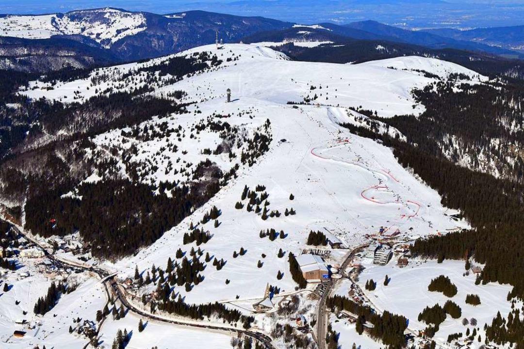 Wenn die Feldbergstrecke schneeglatt i...ukünftig weiträumig umgeleitet werden.  | Foto: Erich Meyer