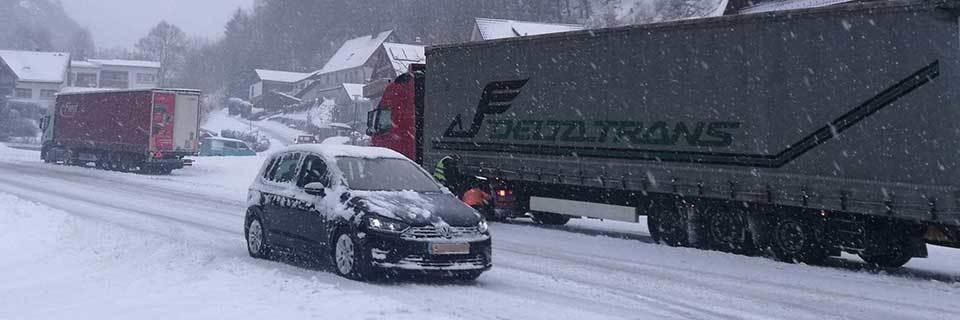 So sollen Lkw bei Schnee nicht mehr den Verkehr am Feldberg behindern