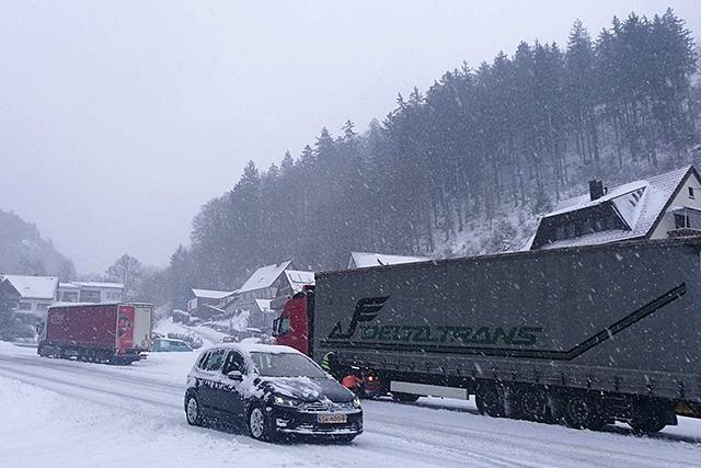Lkw sollen bei Schnee nicht mehr den Verkehr am Feldberg behindern