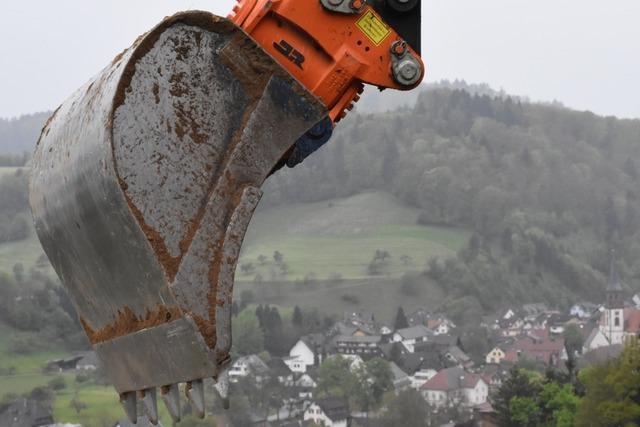 Hauseigentümer verklagt Baufirma wegen benachbarter Großbaustelle