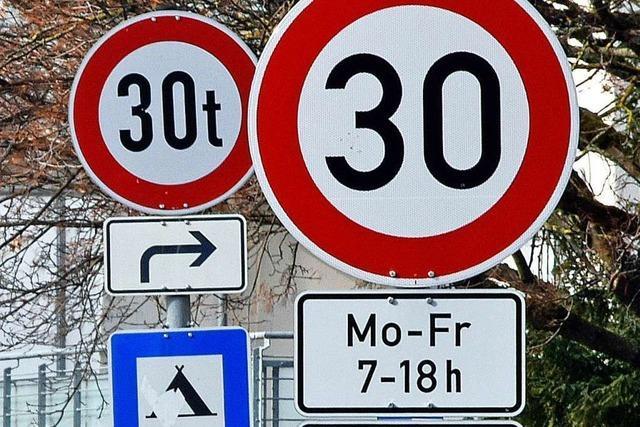 Doppelte 30er-Zone in Freiburg-Waldsee fordert Autofahrer heraus