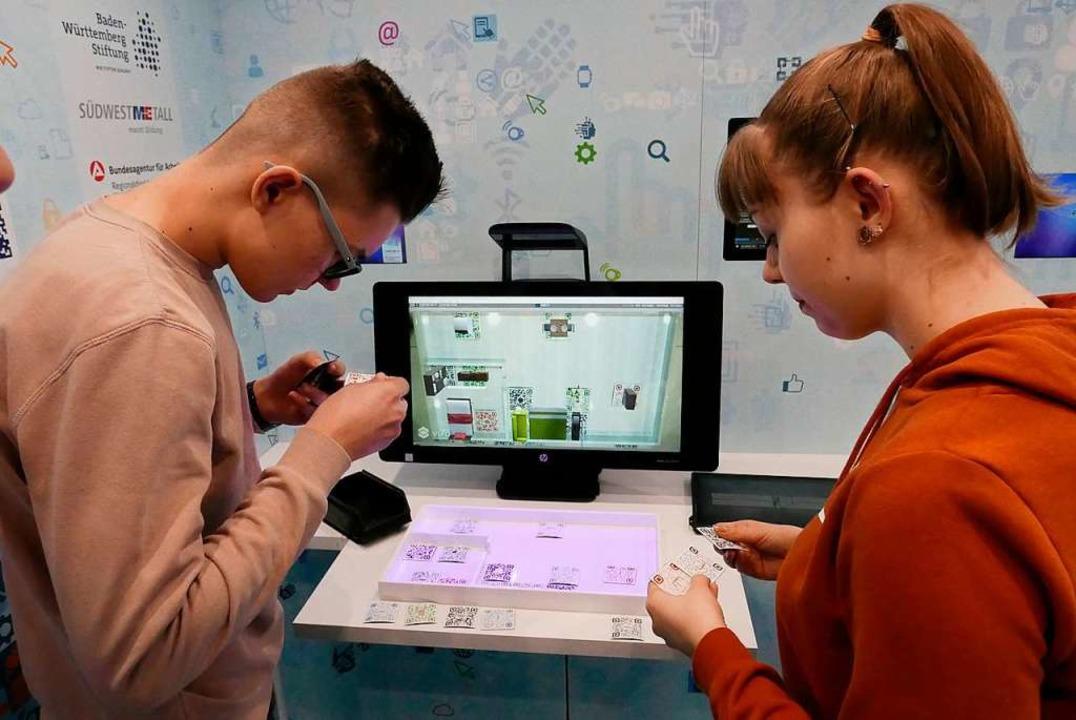 Wie möbliert man einen Raum: Augmented Reality mit QR-Codes hilft.  | Foto: Hans-Peter Müller