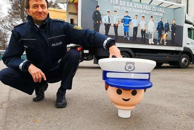 Gestohlenes Polizeimaskottchen Heinz ist wieder da