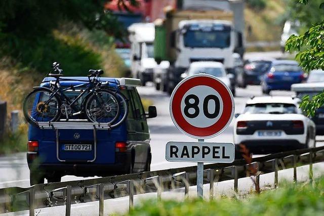 Tempo 80 auf Landstraßen in Frankreich wirkt – trotzdem gibt es Streit