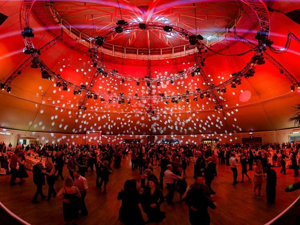 Party-Atmosphäre im Europa-Park.  | Foto: Valentin Behringer