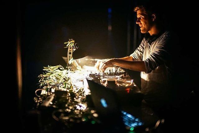 fudders DJ-Wikipedia: Michael Ellis