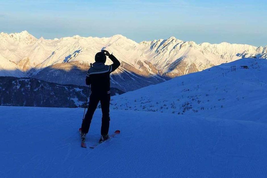 Früh aufstehen lohnt sich: eine Runde Skifahren am Hochzeiger, bevor der offizielle Skibetrieb losgeht. (Foto: Stefan Zahler)