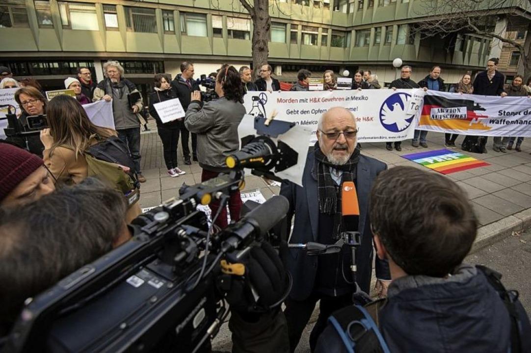 Mit Beharrlichkeit zum Ziel: Jürgen Gr...ws zum Prozess gegen Heckler und Koch.  | Foto:  DPA