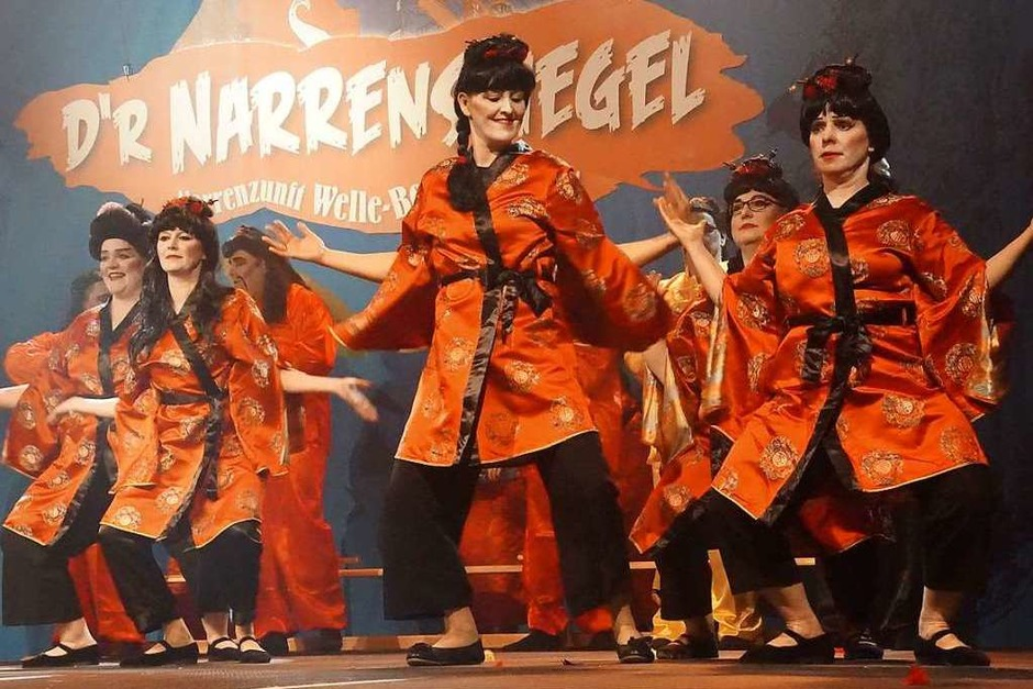 Der Zunftrat tanzt. (Foto: Ilona Huege)