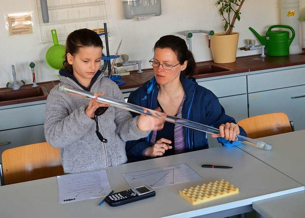 Im Fach BNT (Biologie, Naturphänomen, ... jungen Fachs im Hans-Thoma-Gymnasium.    Foto: Britta Wieschenkämper