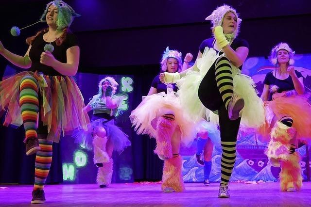 Seemer Markt Show und Tänze