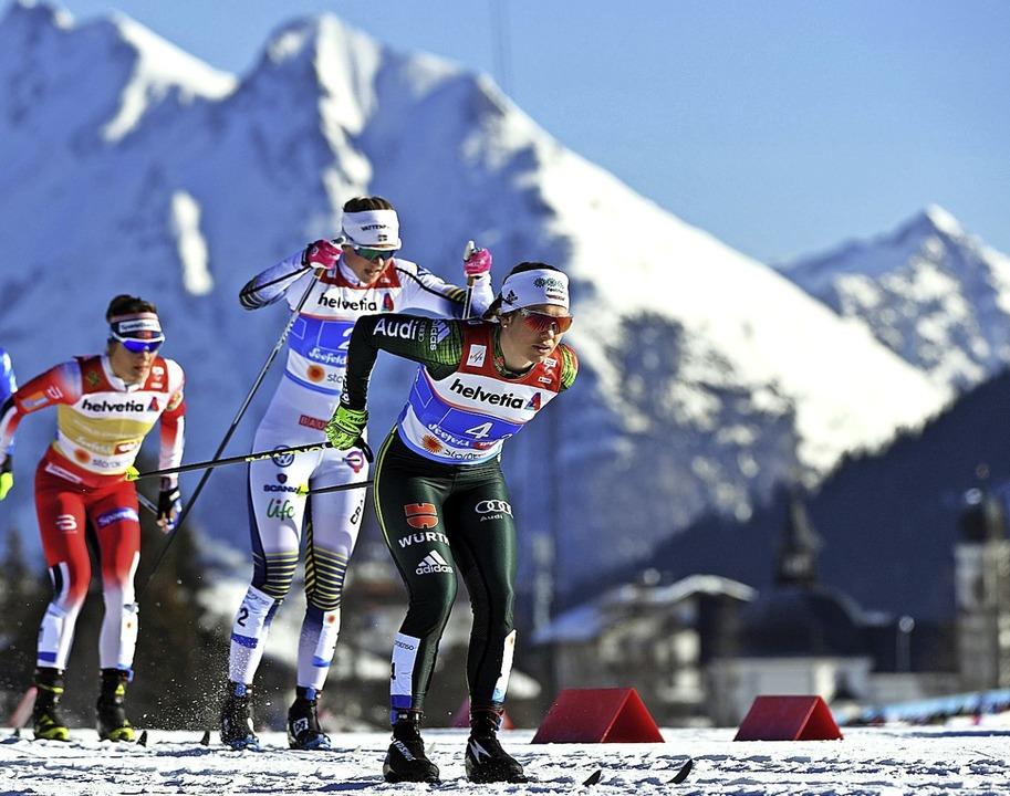 Sandra Ringwald (rechts) kämpfte im WM...Ski klebten zu sehr am Tiroler Schnee.  | Foto: dpa