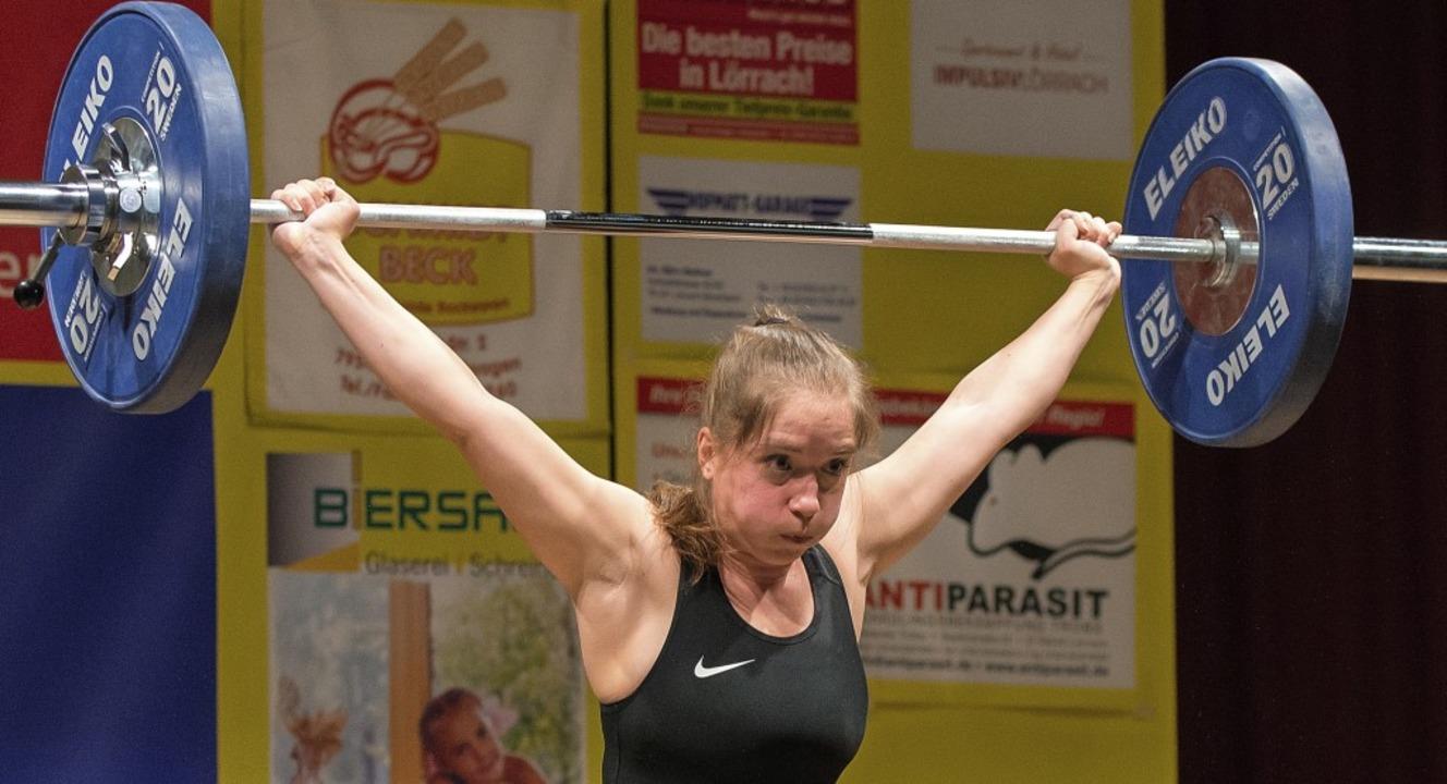 Verbesserte ihre persönlichen Rekorde: KSV-Heberin Cavide Benseven   | Foto: Markus Schächtele