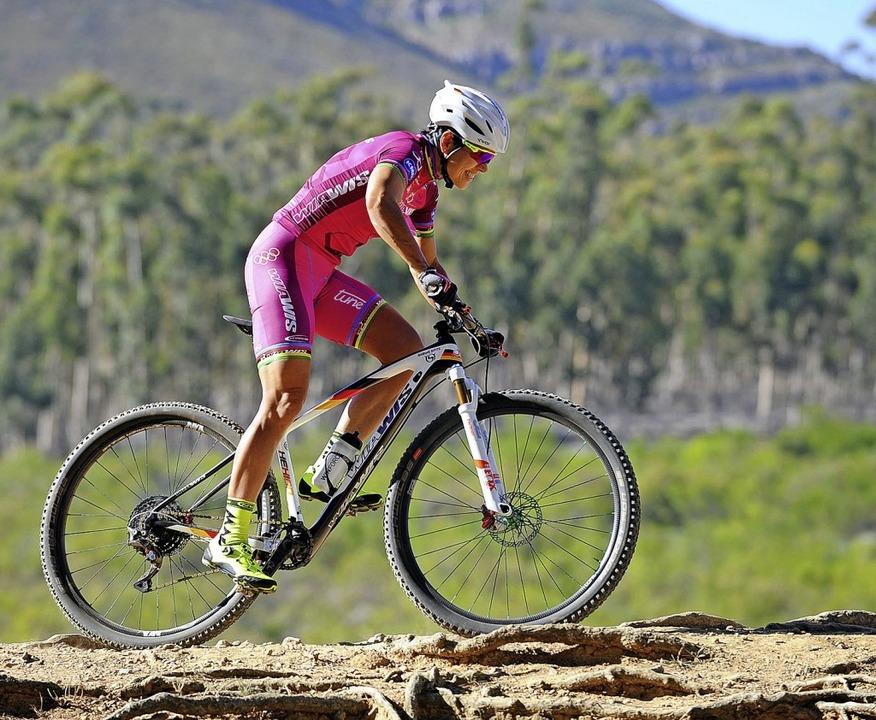 <BZ-FotoAnlauf>Mountainbike:</BZ-FotoA... Knysna Bull in Südafrika den Prolog.   | Foto: R. Schäuble