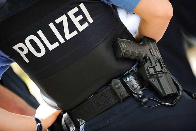 Betrunkener beißt Polizisten in Schopfheim