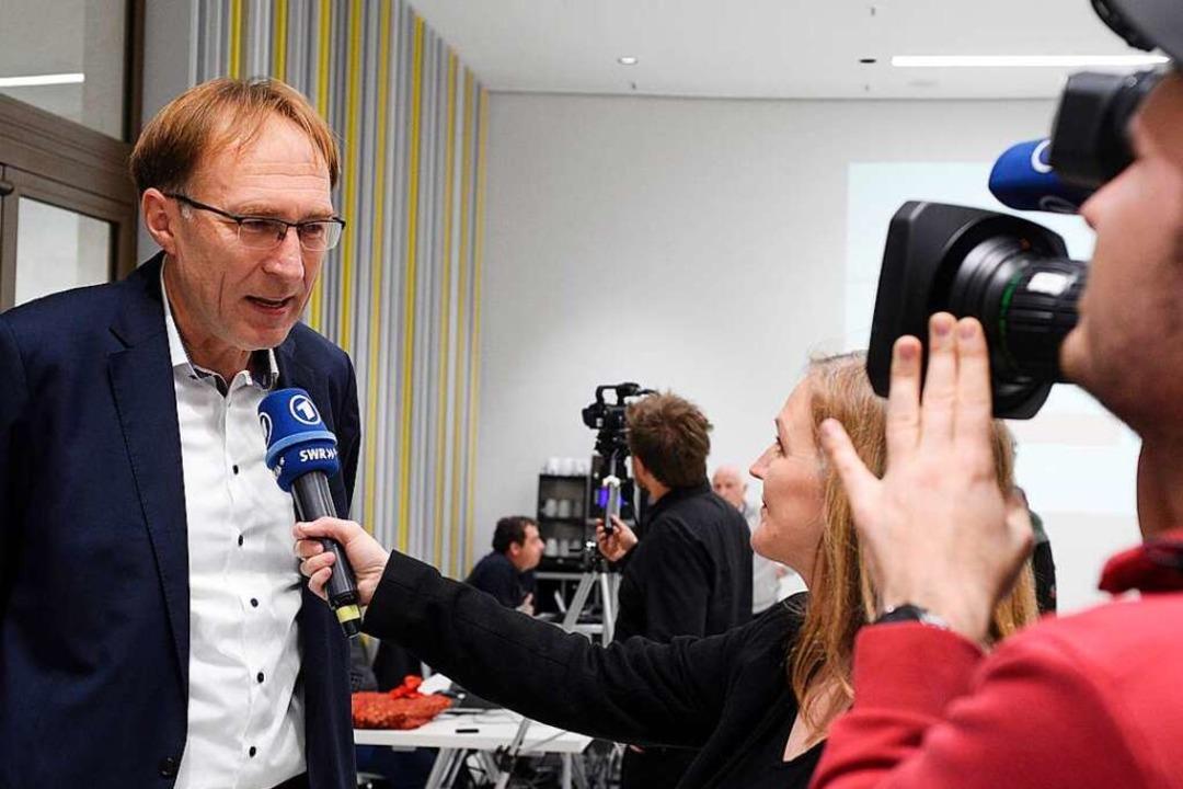 Hat eine Wette verloren, aber ist trot...reiburgs Baubürgermeister Martin Haag.  | Foto: Thomas Kunz
