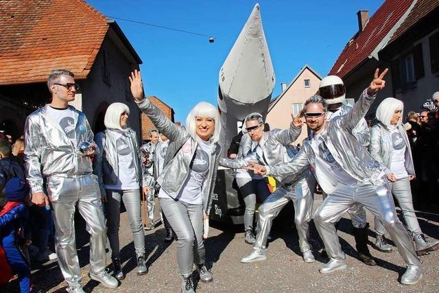 Narren rocken Merdingen zum 44. Geburtstag der Zwulcher Narren
