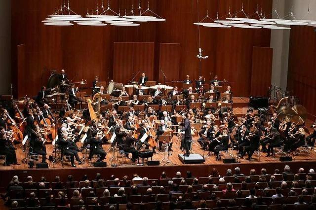 Himmlische Freuden mit Mahler, Crumb und Currentzis