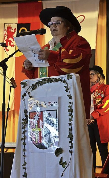 Narrenpräsidentin Gudrun Wasmer freute sich über das Narrentreffen.  | Foto: Christiane Sahli