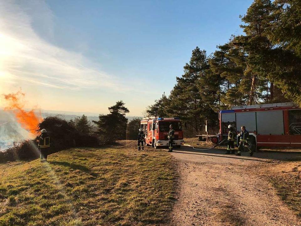 Die Abteilung Kandern-Stadt war mit 15...mit einem Löschfahrzeug und neun Mann.  | Foto: Lenke