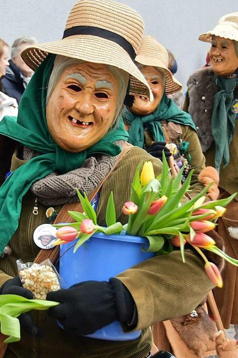 In Sölden sorgen die Saildemer Huttewibli für Stimmung.  | Foto: Andrea Gallien