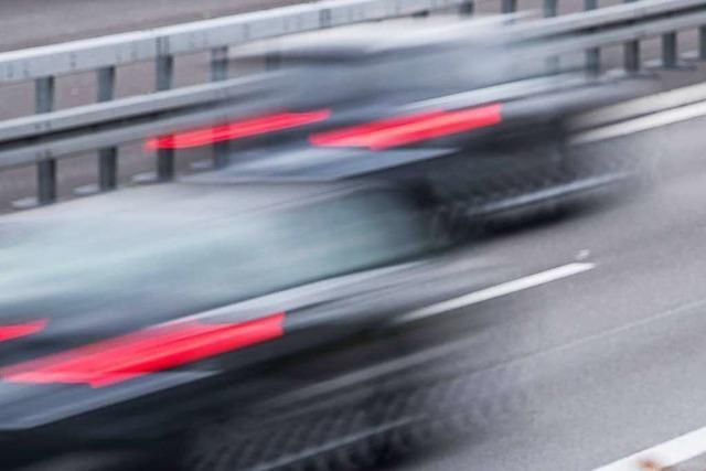 Raser auf der Autobahn: Fast doppelt so schnell wie erlaubt
