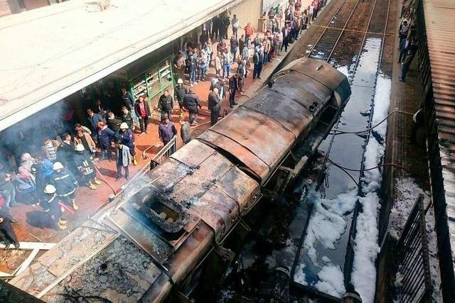 Mindestens 20 Tote bei Feuer in Kairoer Hauptbahnhof