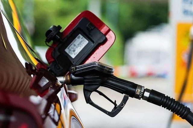 Benzindiebstahl am helllichten Tag