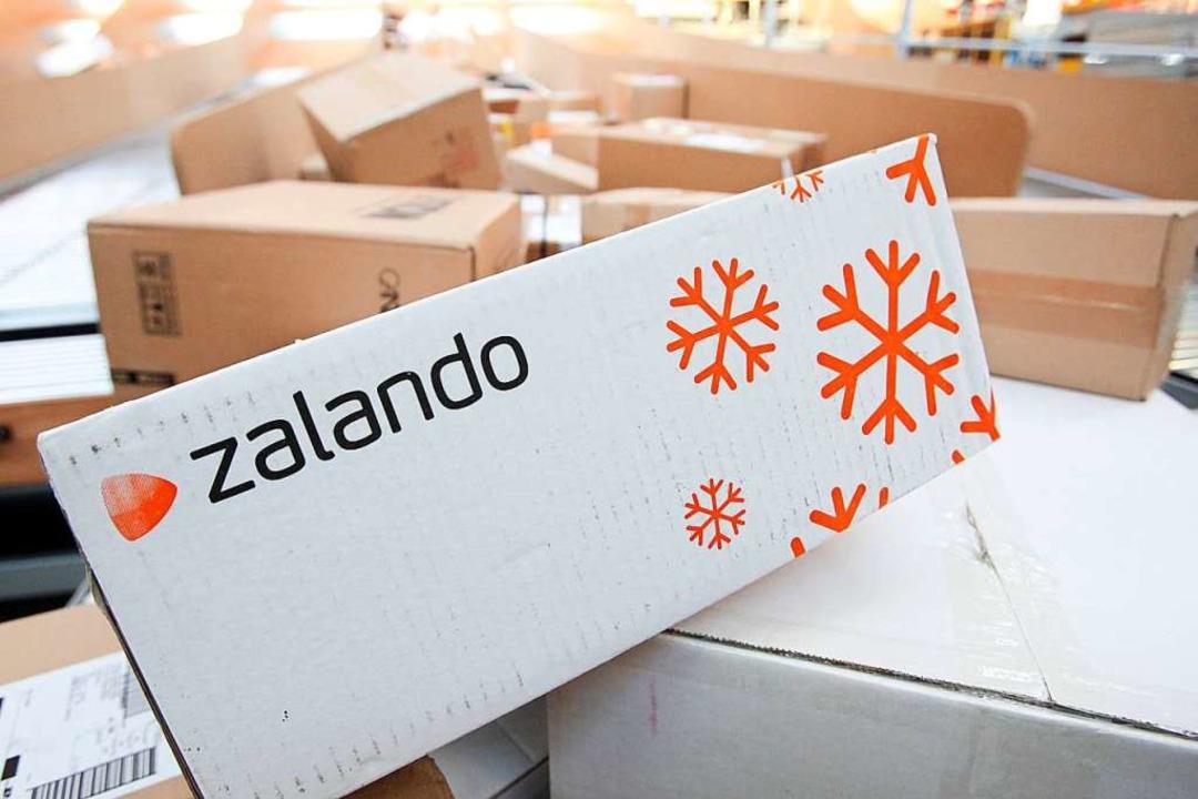 116 Millionen Pakete hat Zalando im vergangenen Jahr europaweit verschickt.  | Foto: dpa