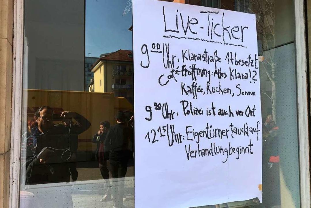 Mit einem sogenannten Live-Ticker beri...über den aktuellen Stand ihrer Aktion.  | Foto: Bernhard Amelung