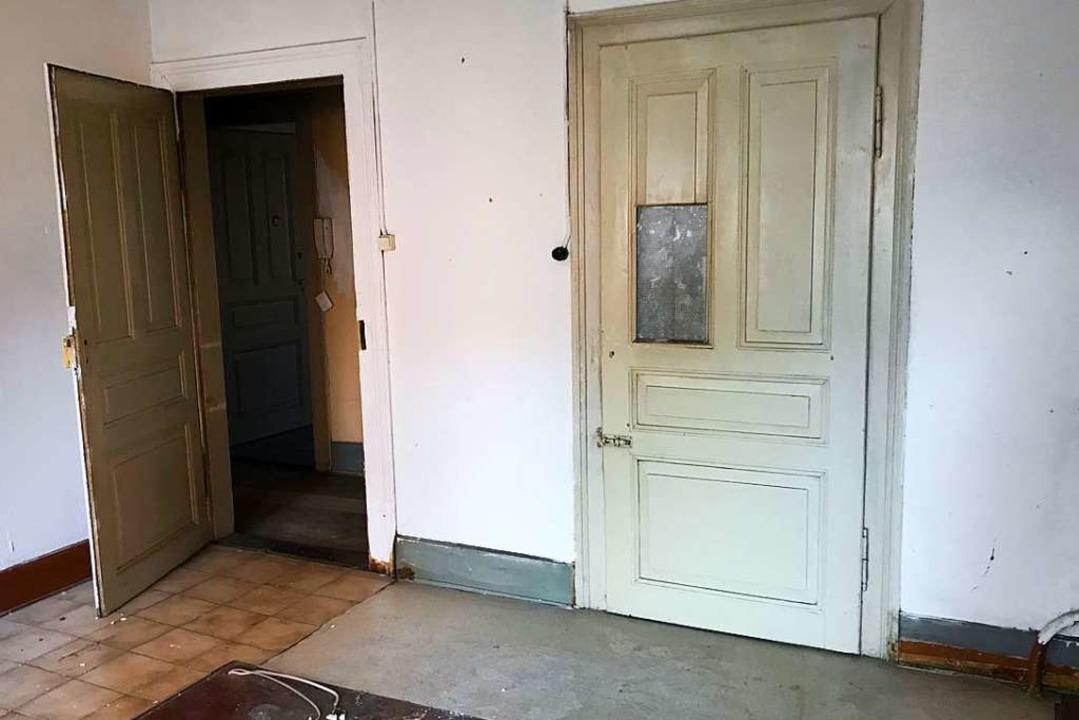 Das Haus in der Klarastraße 17 steht seit mehreren Monaten leer.  | Foto: Bernhard Amelung