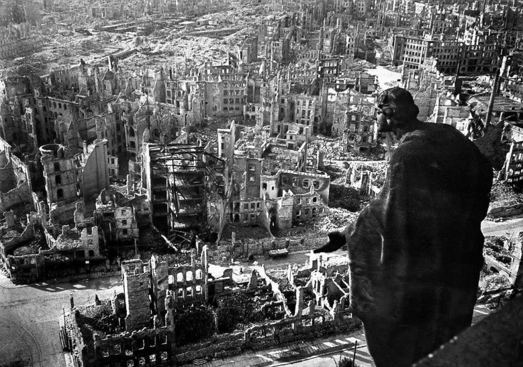 Deutschlands Städte waren nach dem zwe...ch Ruinen: das zerbombte Dresden 1945   | Foto: AFP