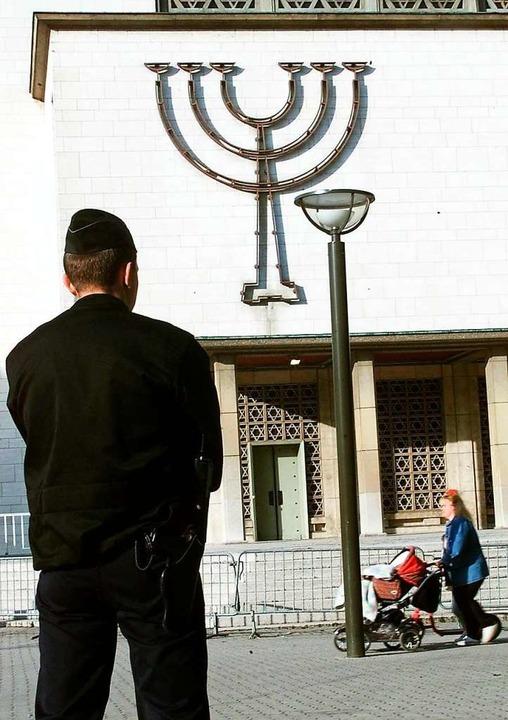 Unter Polizeischutz: die Synagoge in Straßburg  | Foto: THOMAS WIRTH