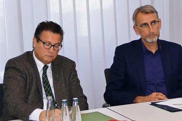 Minister Peter Hauk stellt sich in Schönau der Kritik der Höhenlandwirte