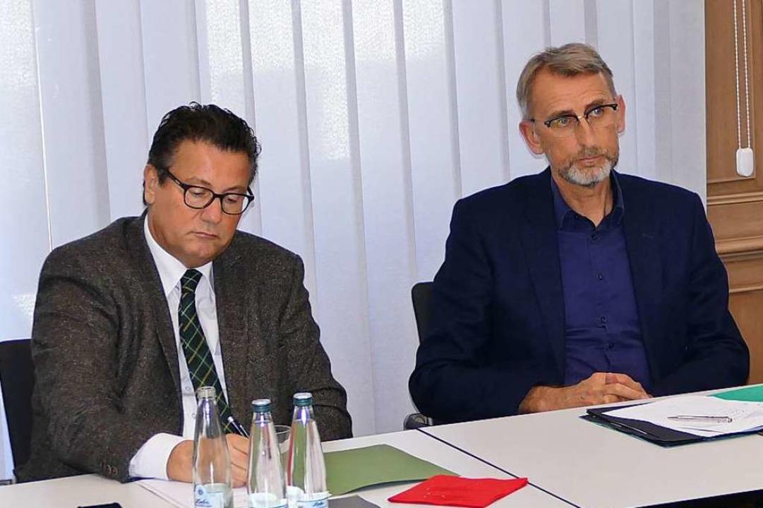 Minister Peter Hauk und Bundestagsabgeordneter Armin Schuster.  | Foto: Sattelberger