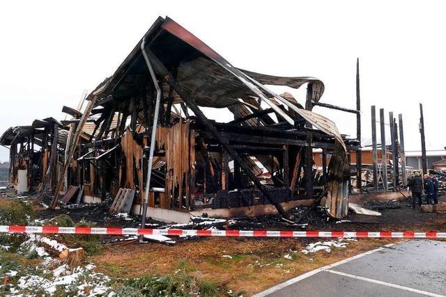Wiederaufbau der Zimmerei Sibold ist nach dem Brand weiterhin unklar