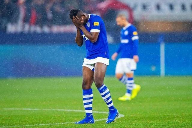 Schalke 04 wird zu Hause mit 0:4 von Düsseldorf demontiert