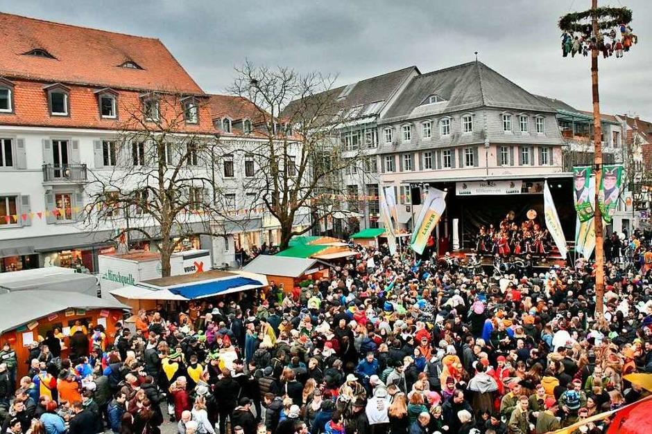 Fotos von der Gugge-Explosion 2019 in Lörrach. (Foto: Barbara Ruda)