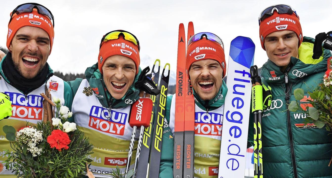 Kerle mit Biss und Teamgeist: Die Nord...inter Norwegen die WM-Silbermedaille.   | Foto: dpa