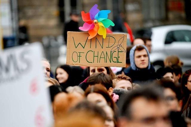 Tag des Energiesparens: Warum Kommunikation und Bildung beim Klimaschutz wichtig sind
